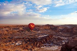 Balloon over Atacama 1.jpg