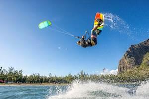 Mauritius-KiteSurfing.jpg